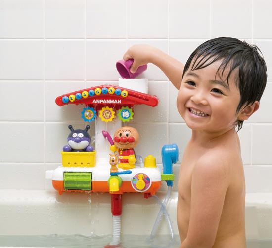 お風呂でアンパンマン