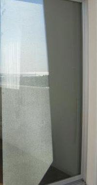 窓ガラス断熱フィルム