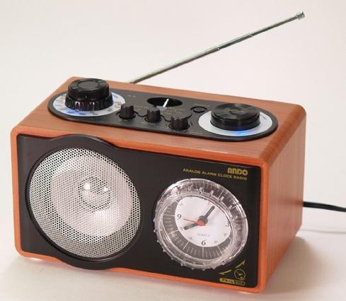 アナログアラームクロックラジオ ◆ 温かみのある音で癒される時計付きラジオ!  時計付きラジオ≪