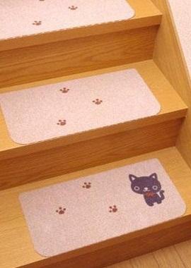 おくだけ階段マット猫