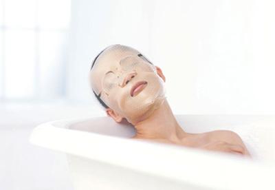 ドリームマスクゴールドをつけてお風呂でゆったり♪