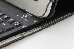 Bluetooth(ブルートゥース)でつなぐだけで、ワイヤレスで使用が可能\\\\