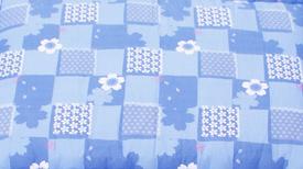 桜柄ブルー